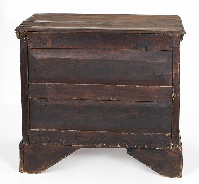 Chest of Drawers, Commode For Sale 3