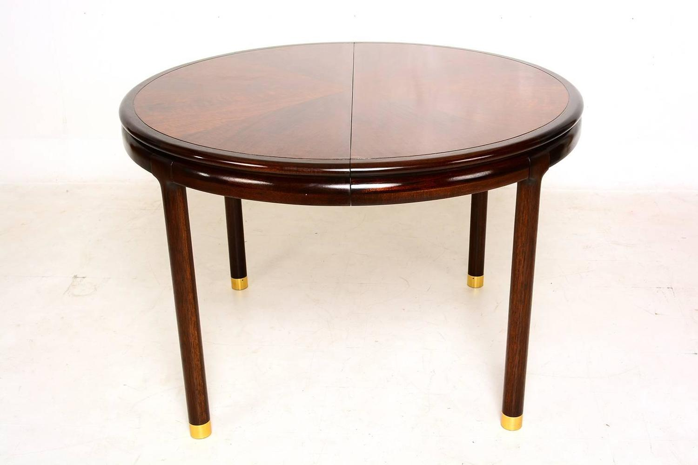 Walnut Oval Dining Table For Sale at 1stdibs : WalnutOvalDiningTable4z from www.1stdibs.com size 1500 x 1000 jpeg 67kB