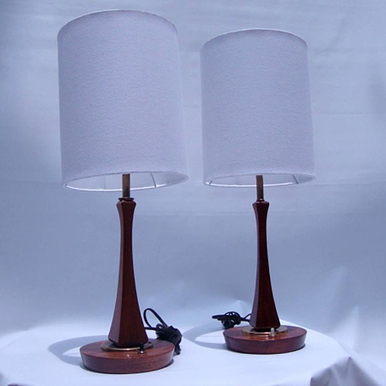 Mid-20th Century Pair of Mid-Century Modern Sculptural Table Lamps For Sale