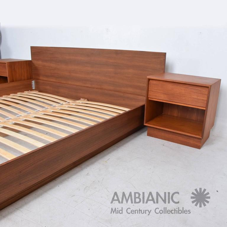 Danish Modern Teak Platfom Bed King Size Mid Century Modern At 1stdibs