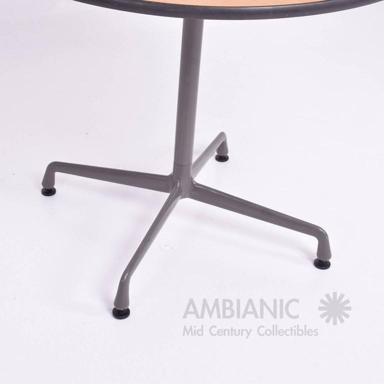 Mid Century Modern Herman Miller Eames Round Aluminum Group Table For Sale