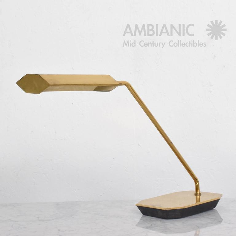 Mid-Century Modern Anthony Howard for Koch & Lowy Brass Desk Table Lamp 4