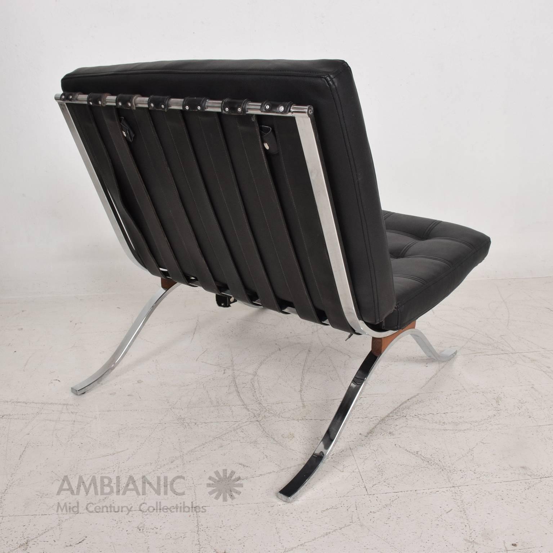 Mid Century Modern Selig Barcelona Chair Chrome And Naugahyde For Sale 3