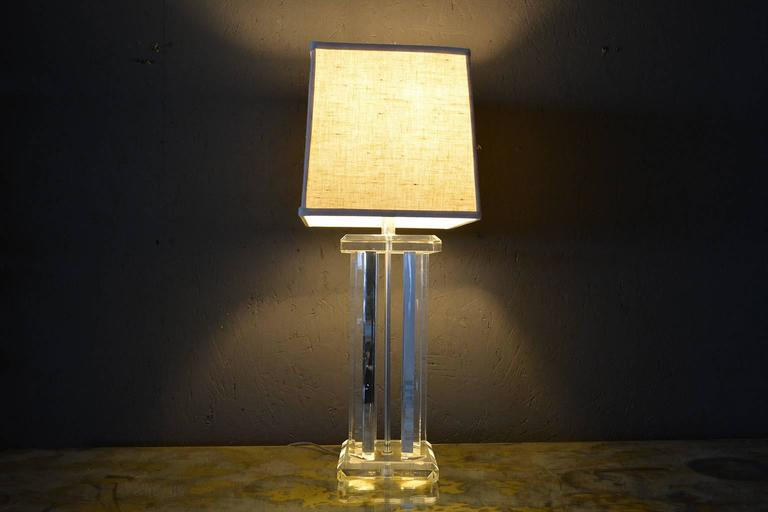 Mid-20th Century Mid Century Modern Lucite Table Lamp  For Sale