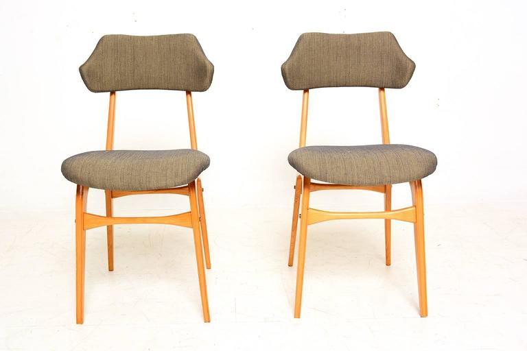 Mid-Century Modern Pair of Italian Side Chairs After Carlo Mollino For Sale