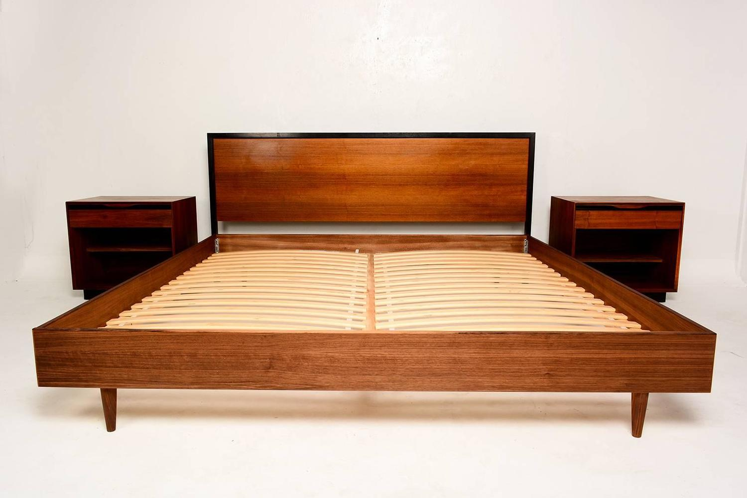 Best Mid Century Modern Walnut King Size Platform Bed From A 640 x 480
