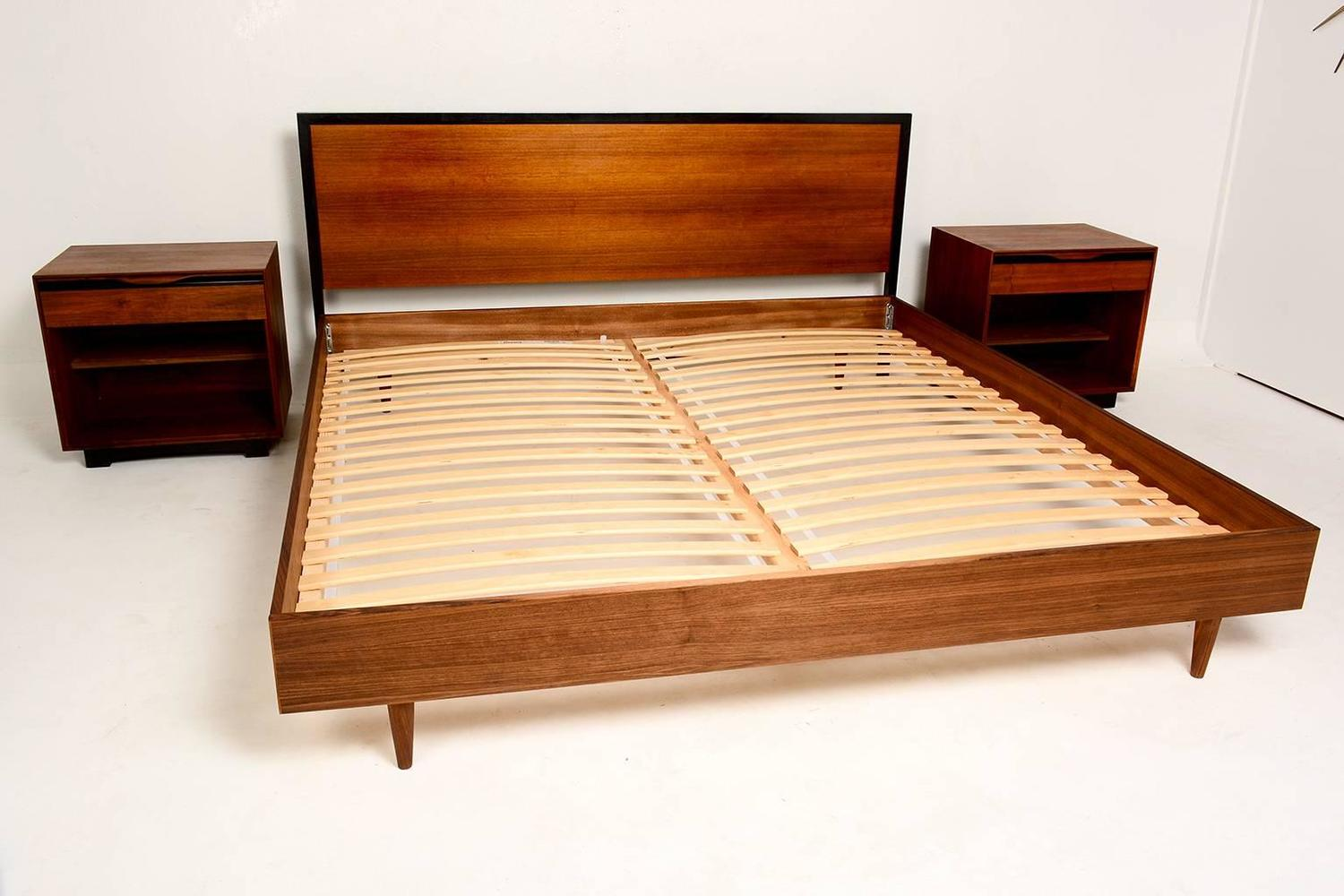 Mid century modern walnut king size platform bed at 1stdibs - Kingsize platform beds ...