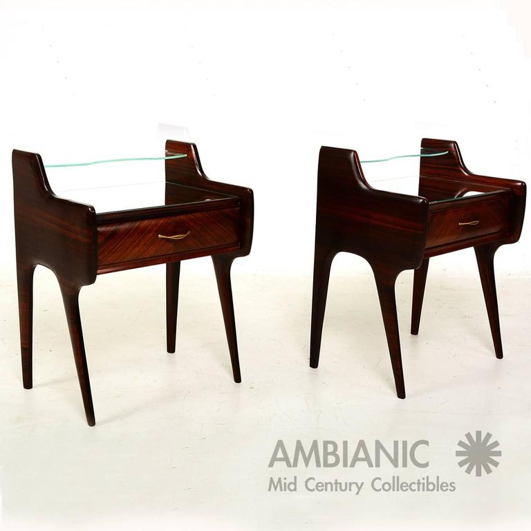 Mid-Century Modern Pair of Italian Bed Side Tables or Nightstands after Ico Parisi For Sale