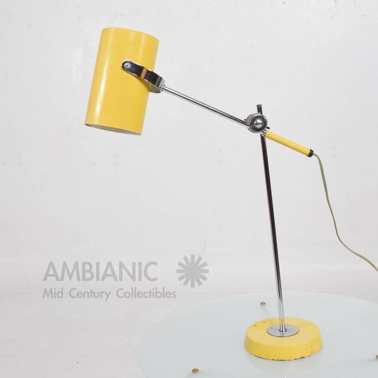 Mid-Century Modern Yellow Table Lamp 2
