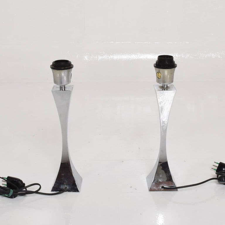 Pair of Italian Chrome Table Lamps by Tonello & Montagna Grillo, Midcentury Era For Sale 1