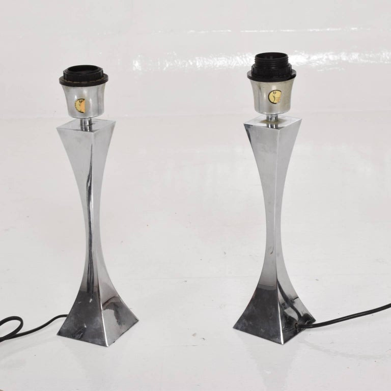 Pair of Italian Chrome Table Lamps by Tonello & Montagna Grillo, Midcentury Era For Sale 3