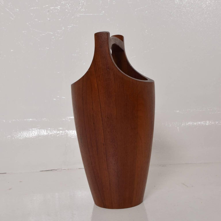 Danish Mid-Century Modern Teak Ice Bucket by Dansk, Small For Sale