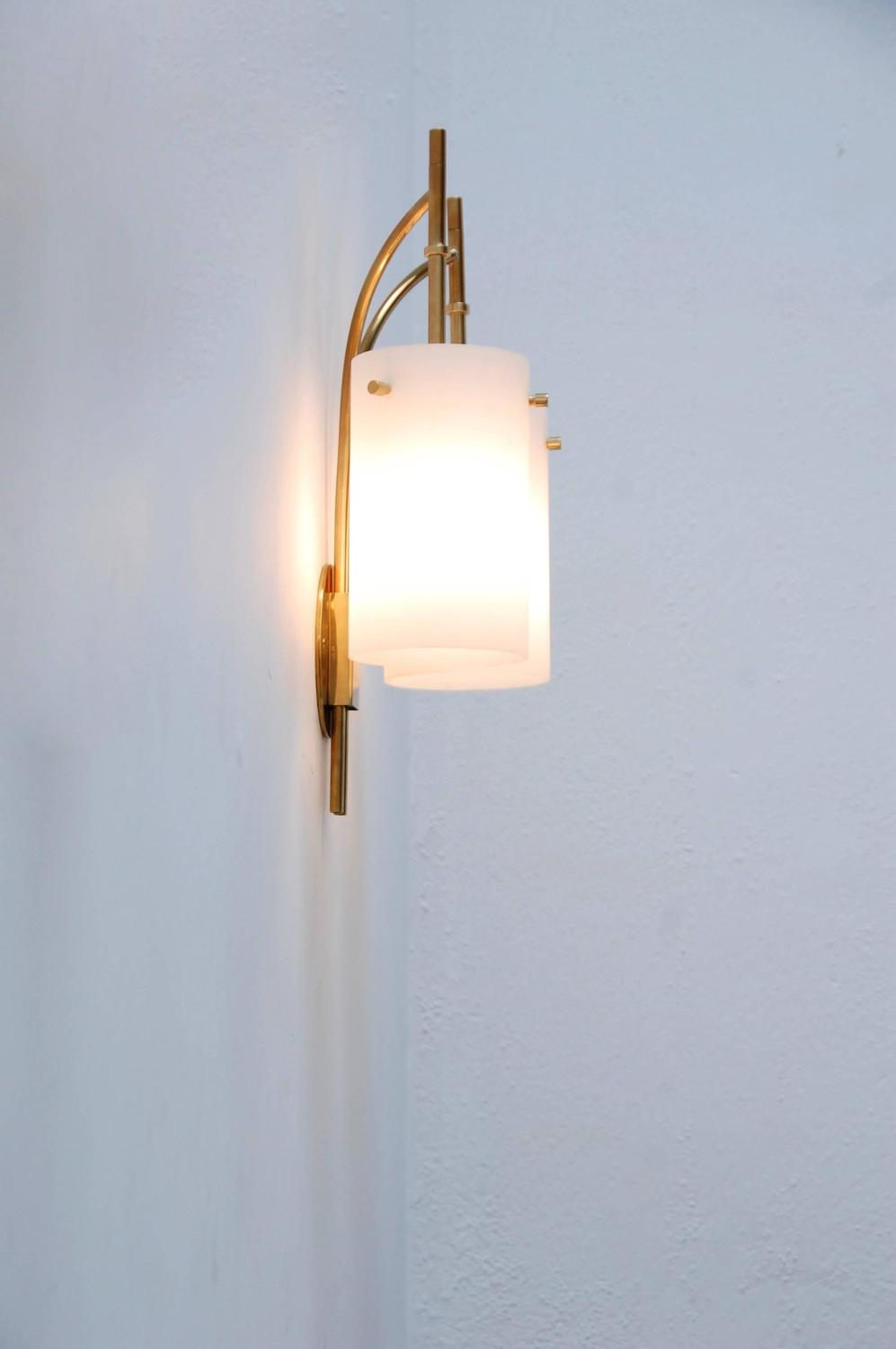 Double Shade Wall Sconces : 1950s Italian Double Shade Cylinder Sconce For Sale at 1stdibs