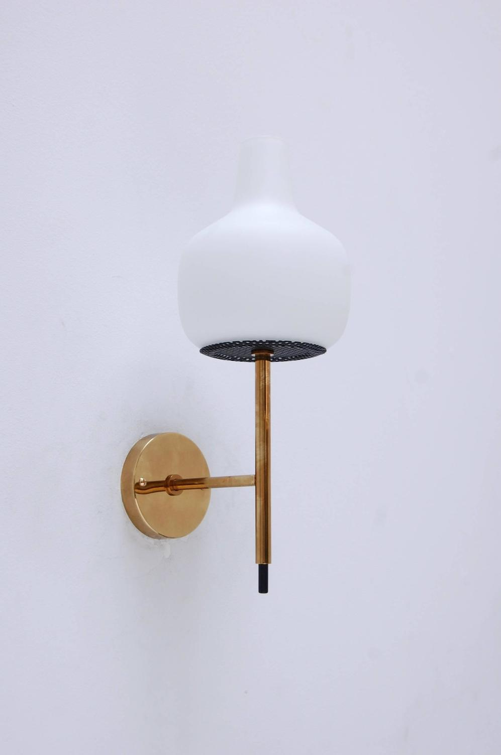 Mid-Century Modern Italian Sconces For Sale at 1stdibs