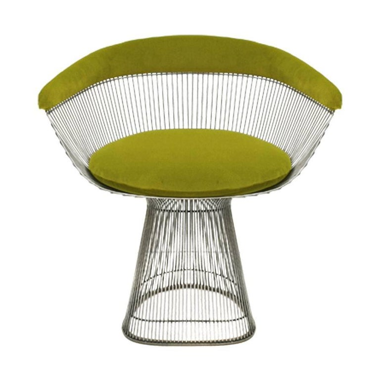 Set of two chairs model side chair designed by Warren Platner and edited by Knoll. Structure made in chromed metal and seat and back upholstered in lime cotton velvet designed by India Mahdavi and produced by Pierre Frey.