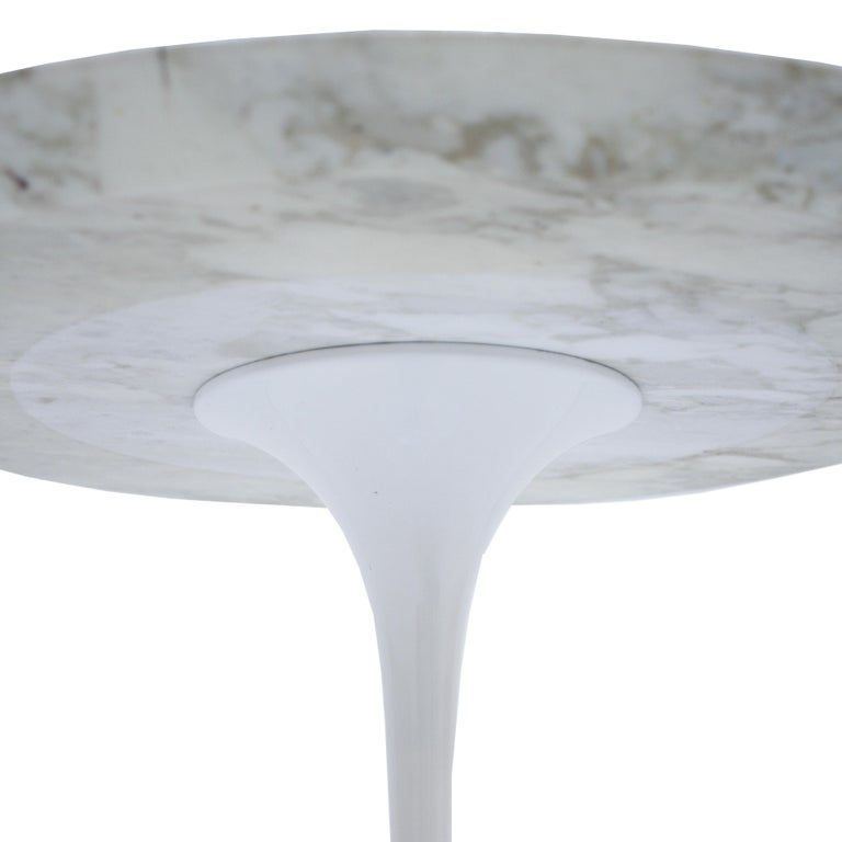 Lacquered Pair of Coffee Tables Model