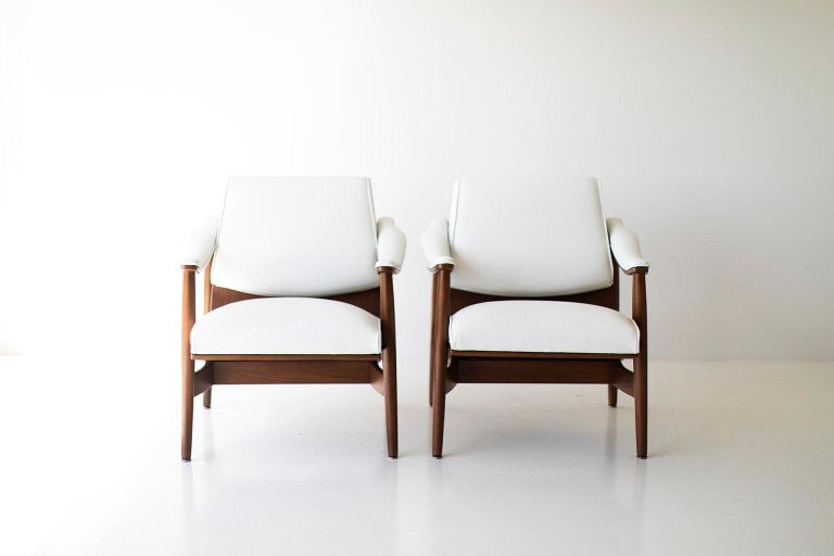 Mid-20th Century Modern Thonet Lounge Chairs For Sale