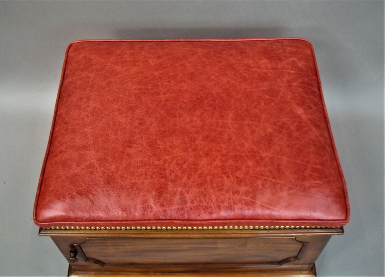 William IV Mahogany and Leather Box Stool For Sale 4
