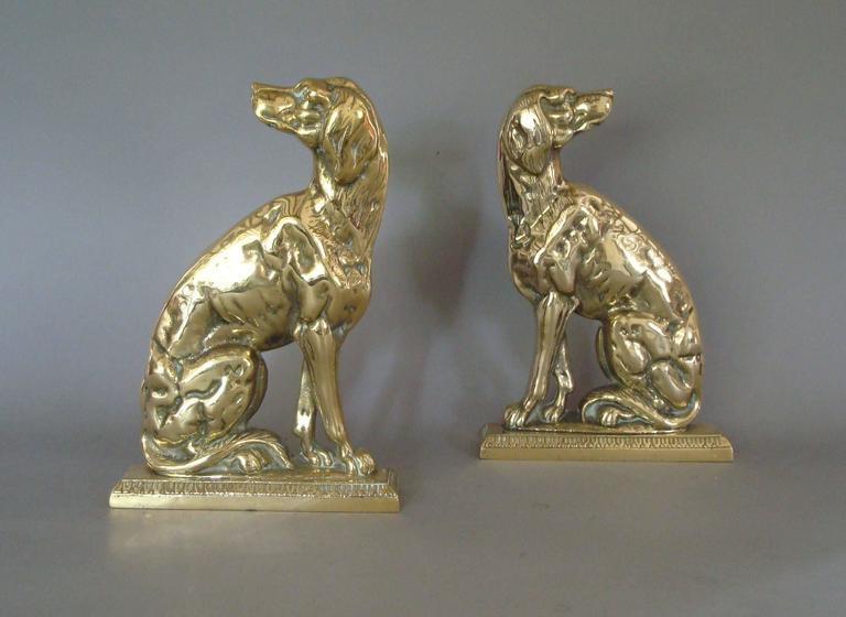 Pair of 19th Century Brass Retriever Doorstops/Door Porters In Excellent Condition For Sale In Moreton-in-Marsh, Gloucestershire