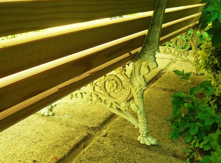 Monumental 19th Century Cast Iron Squirrel Garden Bench / Seat For Sale 3