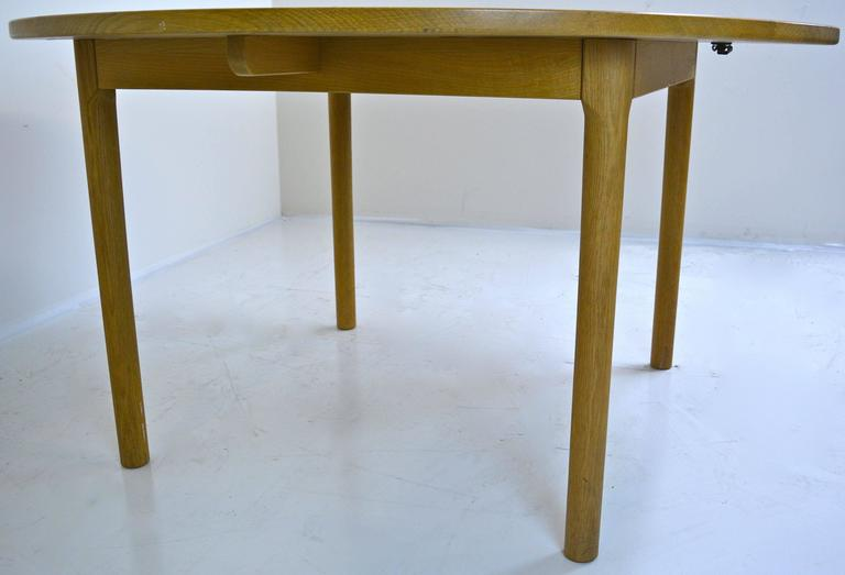 Late 20th Century Hans Wegner for Ry Mobler Dining Table For Sale