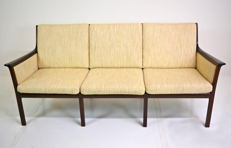 Sofa by Ole Wanscher for Poul Jeppesen In Excellent Condition For Sale In San Diego, CA