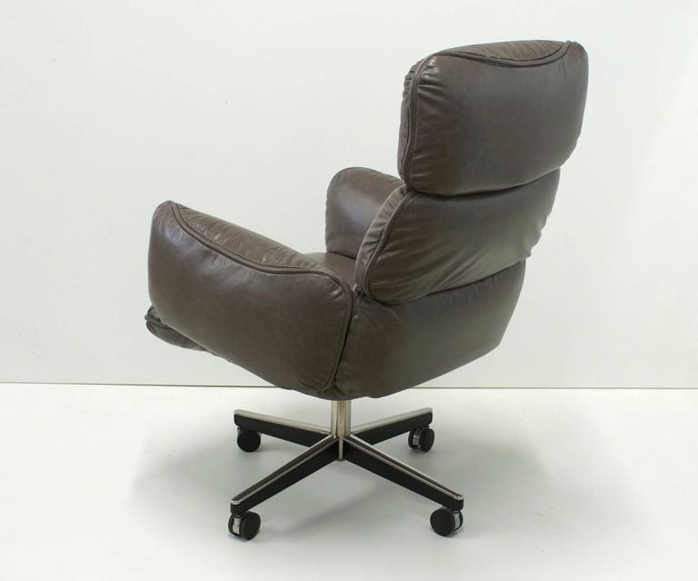 Otto Zapf For Knoll International Grey Leather Executive Desk Chair At 1stdibs
