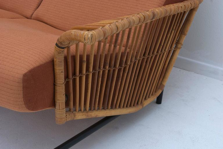 Mid-Century Italian Iron and Rattan Settee In Good Condition For Sale In Palm Springs, CA