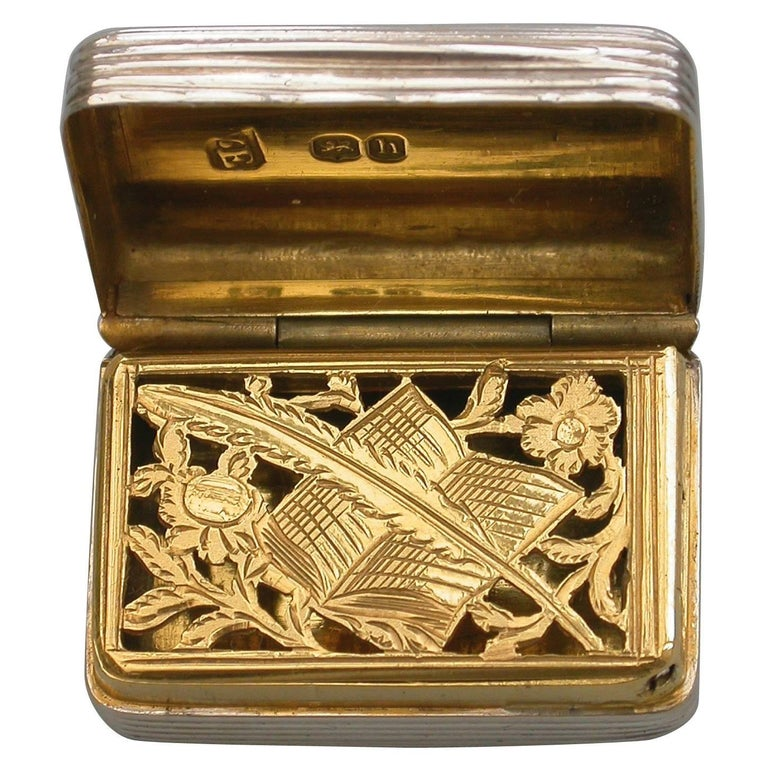 """George IV Silver Vinaigrette """"Quill Pen and Book Grille"""" by William Edwards 1823 For Sale"""