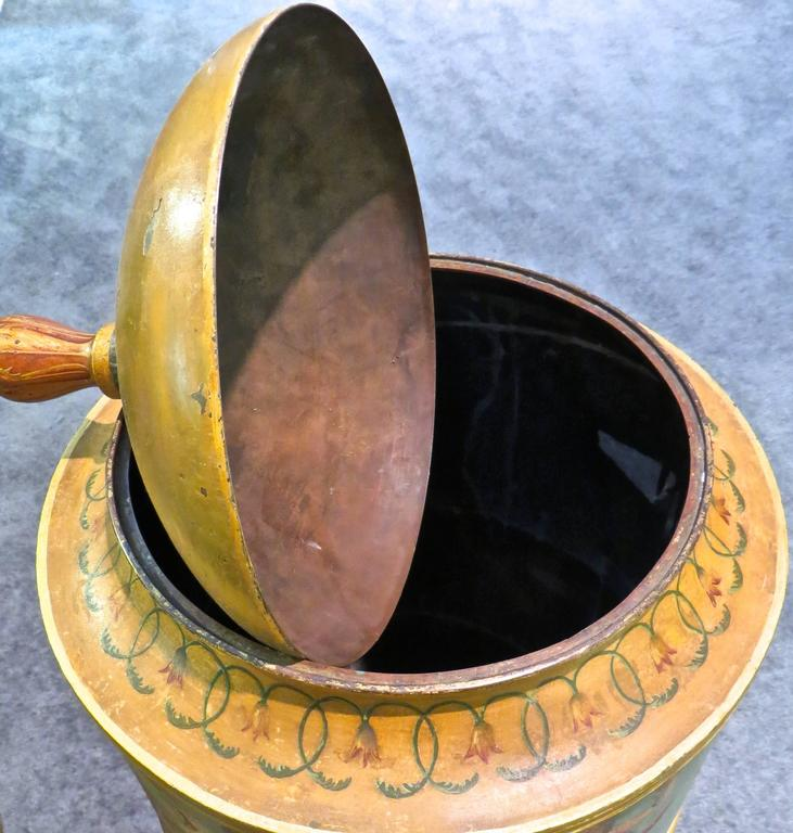 Pair of 19th Century Urns 'Japanned Tole and Copper' For Sale 3