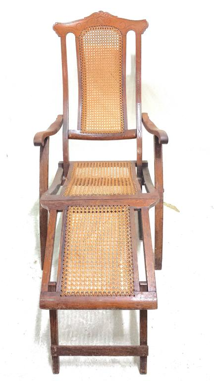 Antique Folding Luxury Wood Steamer Deck Chair, circa 1890, England In Good Condition For Sale In West Palm Beach, FL