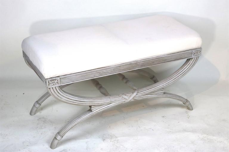 Swedish Gustavian Bench Hand-Carved Details 'X' Ribbon, 19th Century In Excellent Condition For Sale In West Palm Beach, FL