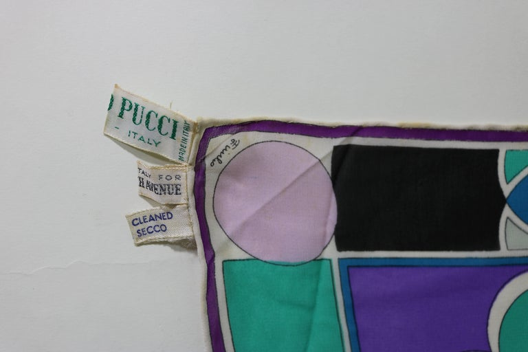 Hollywood Regency Lucious Vintage 70s Emilio Pucci Scarf For Sale