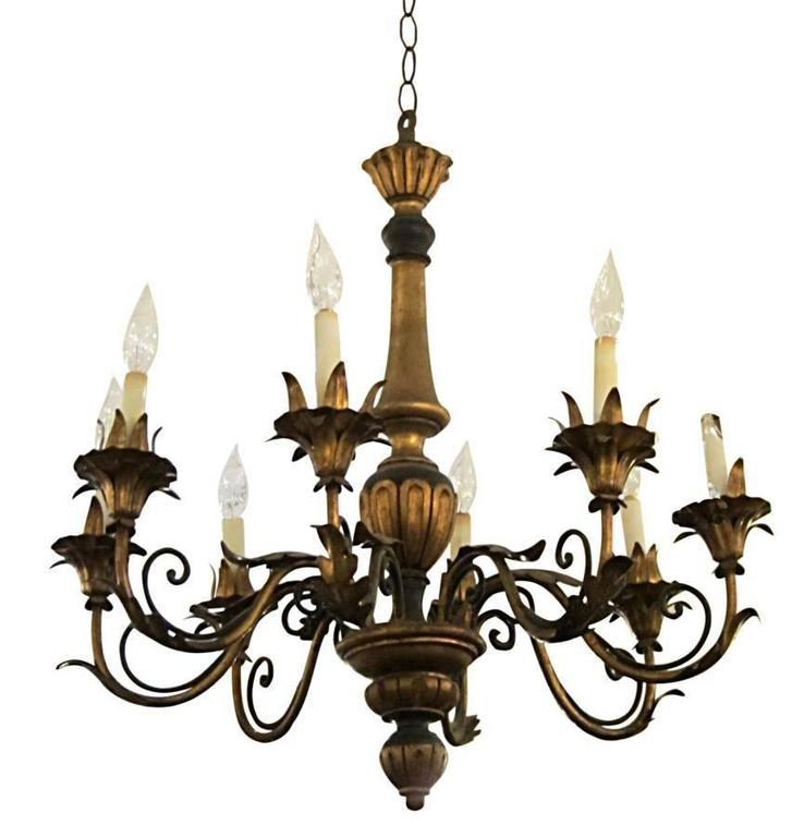 1930s Wood and Gilt Metal Florentine Style Wood Chandelier with Eight Arms