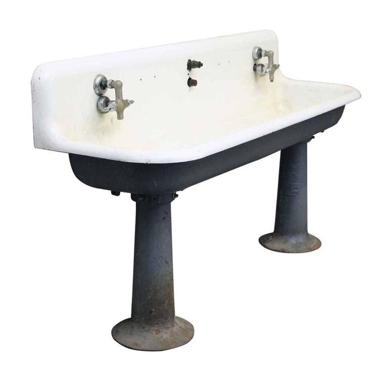 1920s Oversized Cast Iron Farmhouse Wall Mounted Gang Sink For Sale at 1stdibs