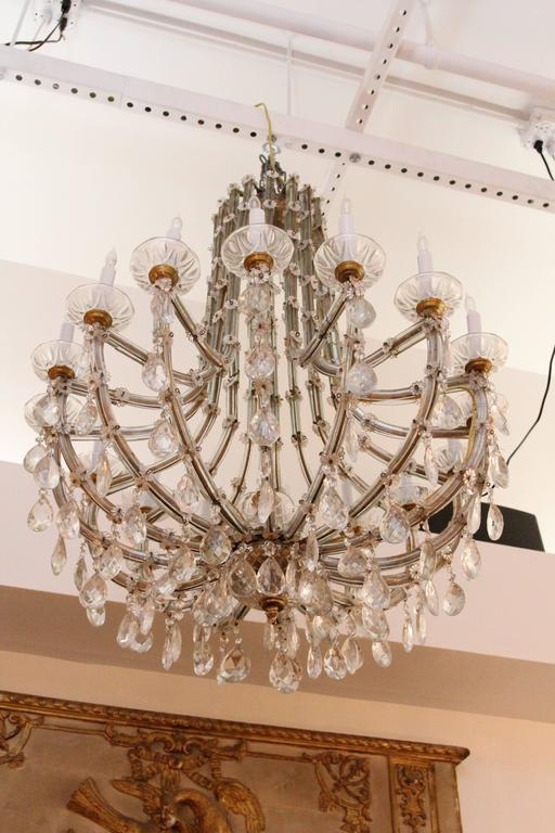 1940s Marie Therese Sixteen-Light Crystal Chandelier In Excellent Condition In New York, NY
