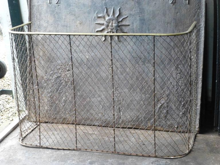 English 19th Century Victorian Fireplace Guard or Fire Guard For Sale