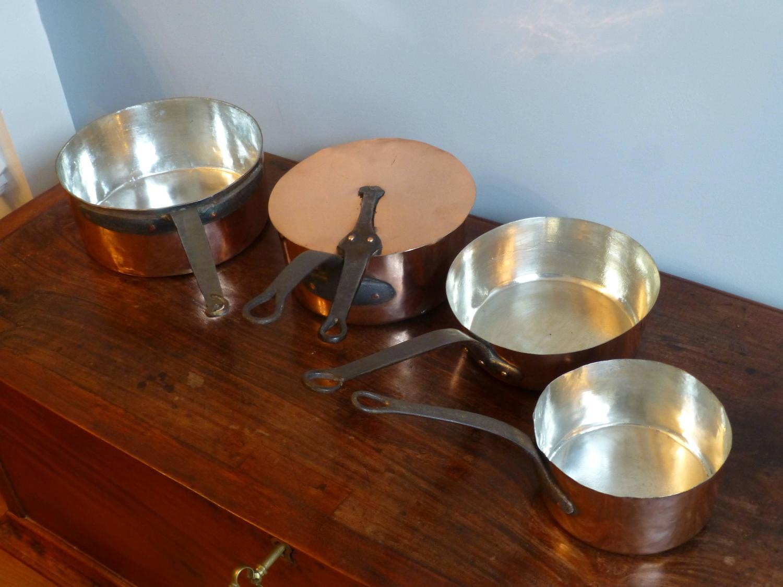 magnificent set of re tinned antique copper pans copper pots for sale at 1stdibs. Black Bedroom Furniture Sets. Home Design Ideas