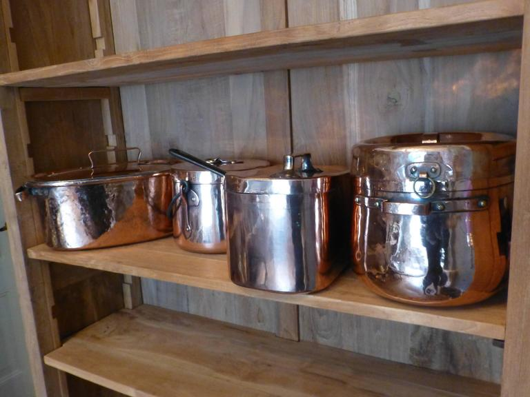 magnificent french set of re tinned copper pans copper pots at 1stdibs. Black Bedroom Furniture Sets. Home Design Ideas