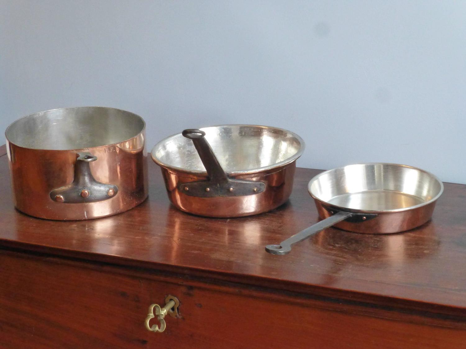 Vintage Copper Pans 46