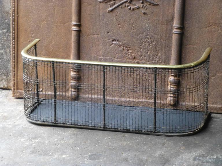 19th Century English Fireplace Guard, Fire Guard In Good Condition For Sale In Amerongen, NL