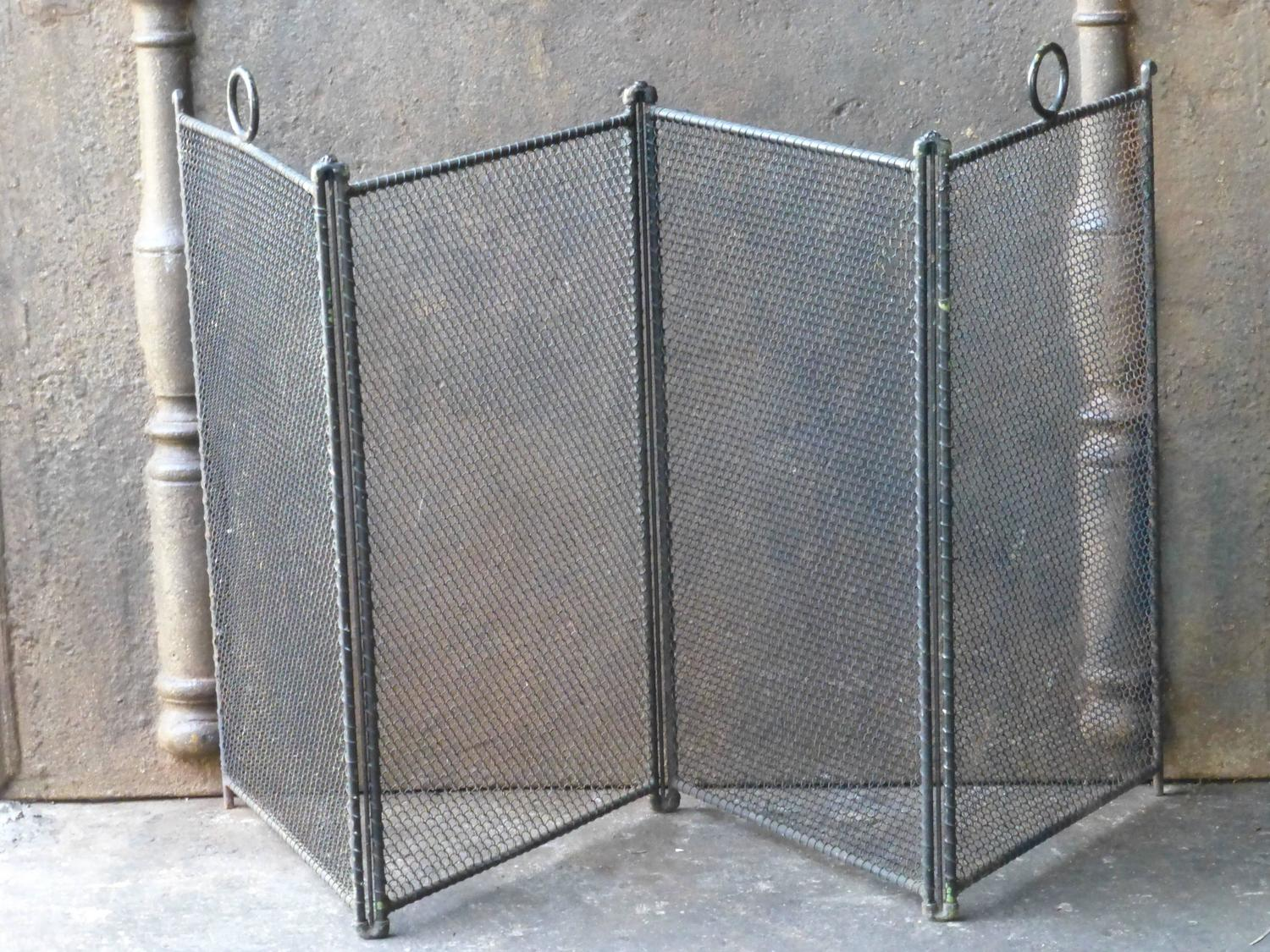 french fireplace screen fire screen at 1stdibs. Black Bedroom Furniture Sets. Home Design Ideas