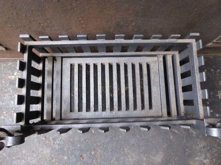 English Fire Grate Or Fire Basket At 1stdibs