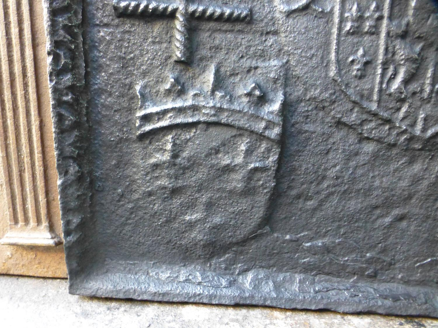 16th century lorraine coat of arms fireback for sale at 1stdibs. Black Bedroom Furniture Sets. Home Design Ideas