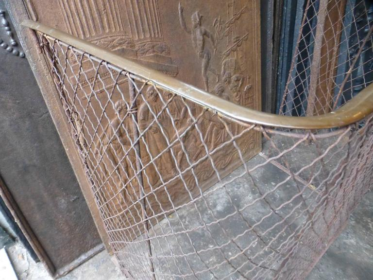 19th Century Victorian Fireplace Guard, Fire Guard In Good Condition For Sale In Amerongen, NL