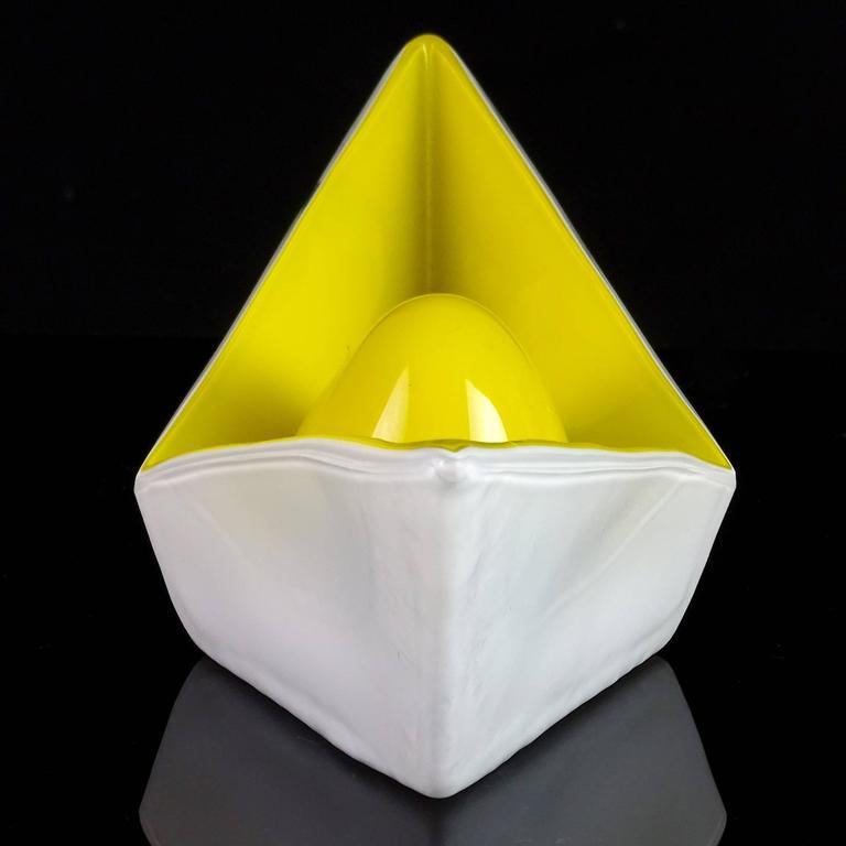Gino Vistosi Murano 1961 Origami Paper Boat Italian Art Glass Sculptural Bowl In Good Condition For Sale In Kissimmee, FL