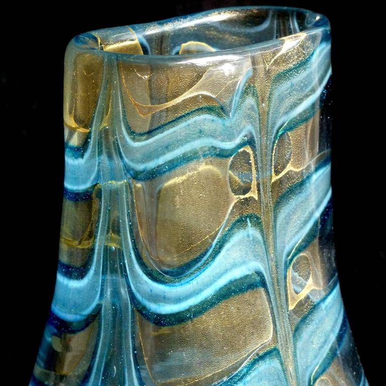 Barovier Toso Murano Blue Gold Flecks Italian Art Glass Flower Vase In Good Condition For Sale In Kissimmee, FL