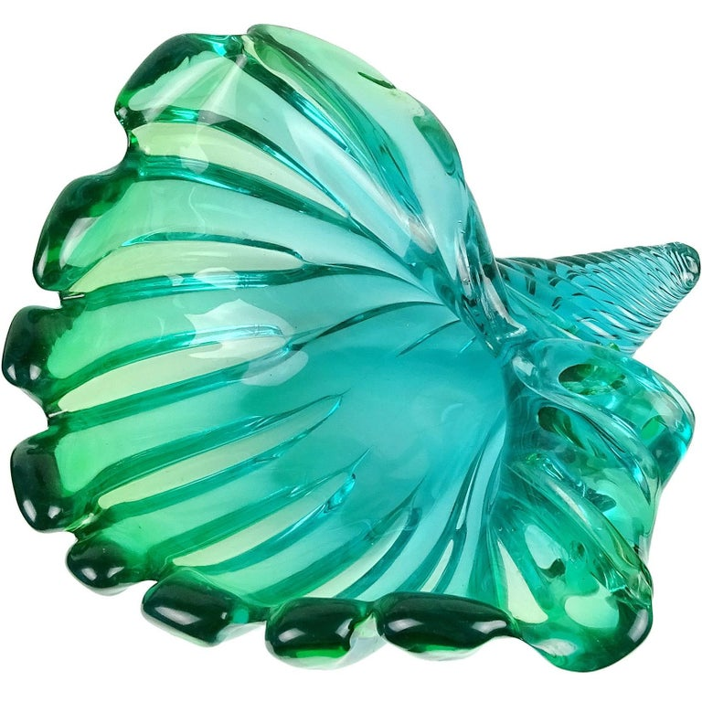 Mid-Century Modern Murano Sommerso Blue Green Italian Art Glass Flared Seashell Sculpture Bowl For Sale