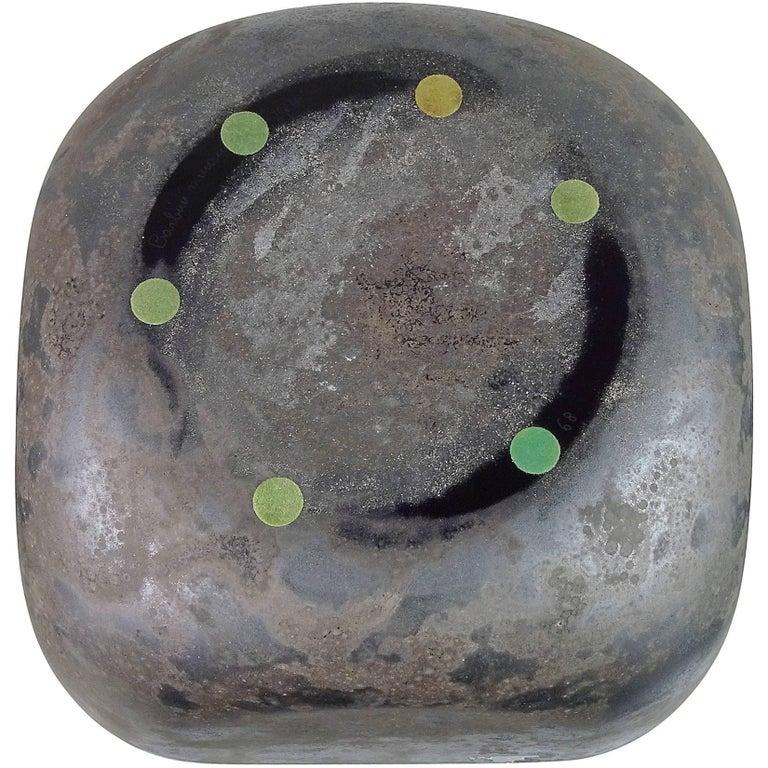 Alfredo Barbini Murano Black Scavo Texture Italian Art Glass Centrepiece Bowl In Excellent Condition For Sale In Kissimmee, FL