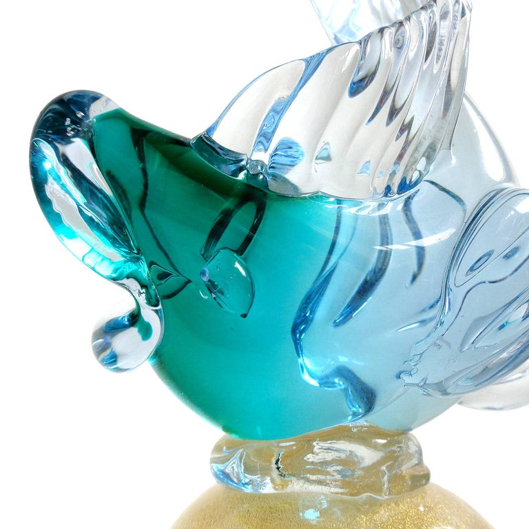Hand-Crafted Alfredo Barbini Murano Blue Red Green Sommerso Italian Art Glass Fish Sculptures